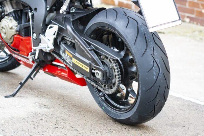 Michelin Commander II Motorcycle Tire Rear 160//70-17