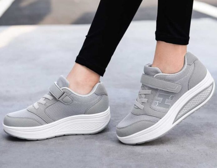 Top 6 Rocker Bottom Shoes in 2020 - The